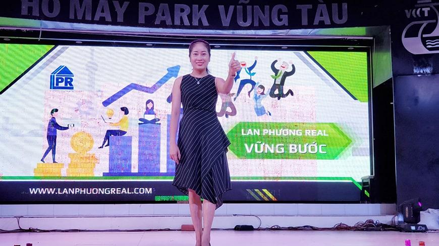 Nữ giám đốc Lan Phương Ms Quyên