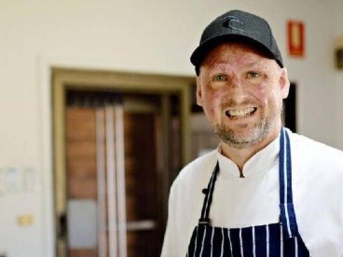 Đầu bếp nổi tiếng Matt Golinski liệt kê đơn vị không có bếp để bán