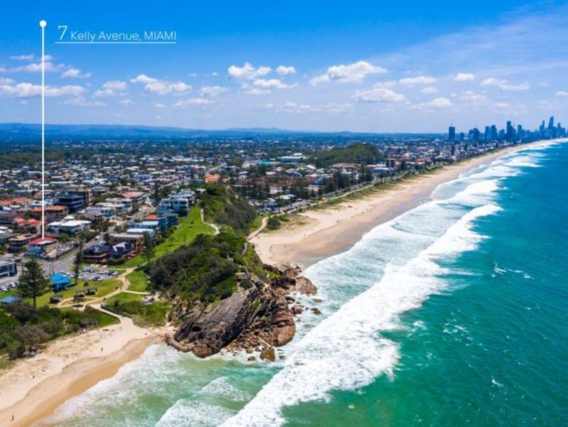 Gold Coast auctions: Massive 19 properties go under the hammer