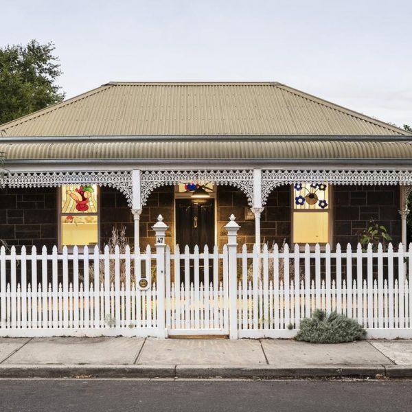 Ngôi nhà nhỏ kiểu Yarraville hàng thế kỷ được tung ra thị trường